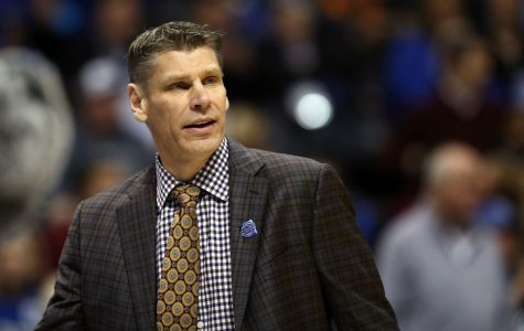 Loyola head coach Porter Moser's journey from a Benet student to a household name