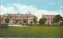Benet Hall Turns 100